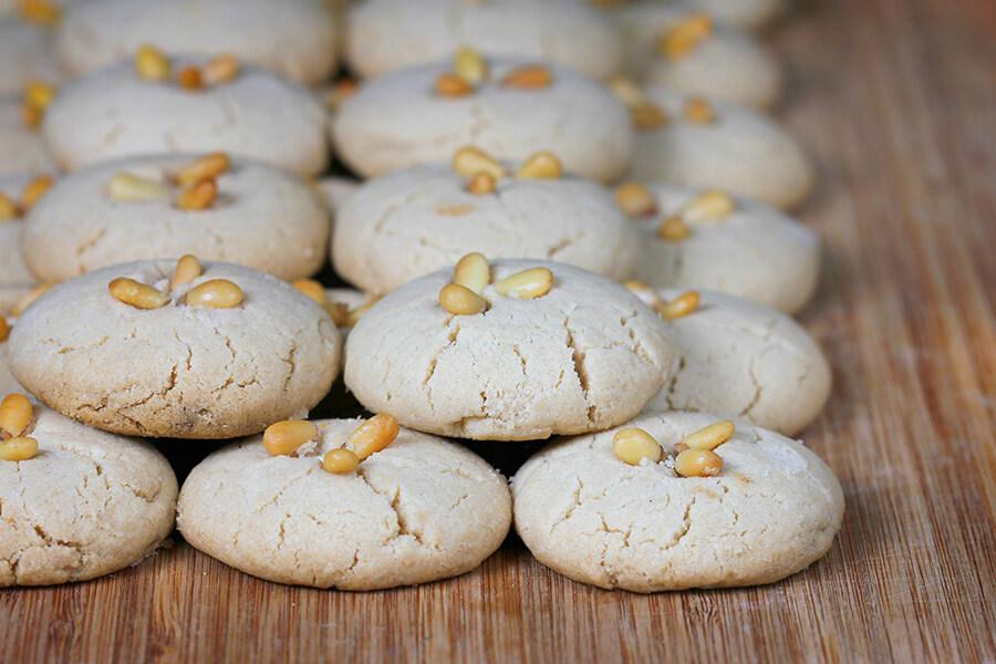 עוגיות טחינה ושיבולת שועל בסילאן